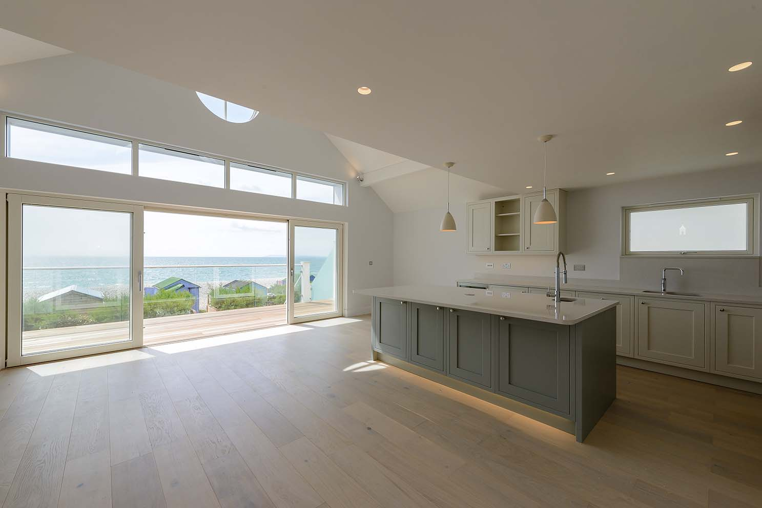 Westcoast Windows are pleased to supply their Swedish manufactured composite windows and sliding doors for the stunning 'Stargazer' project in East Wittering
