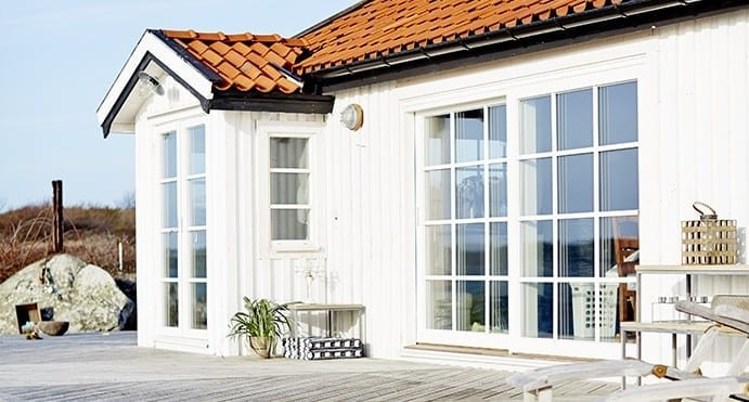 Customise and style your composite windows and doors with a choice of glazing bar options to suit your project